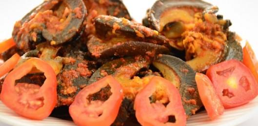 Peppered Snail (via)
