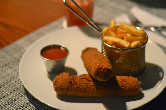 Chicken Logs with Fries (via)